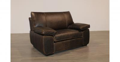Oversize leather chair